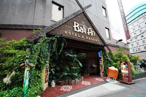 新宿のラブホテルの外観